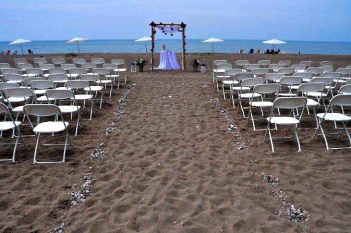 Bayfield Ontario Intimate Beach Wedding Venue Deer Park Lodge