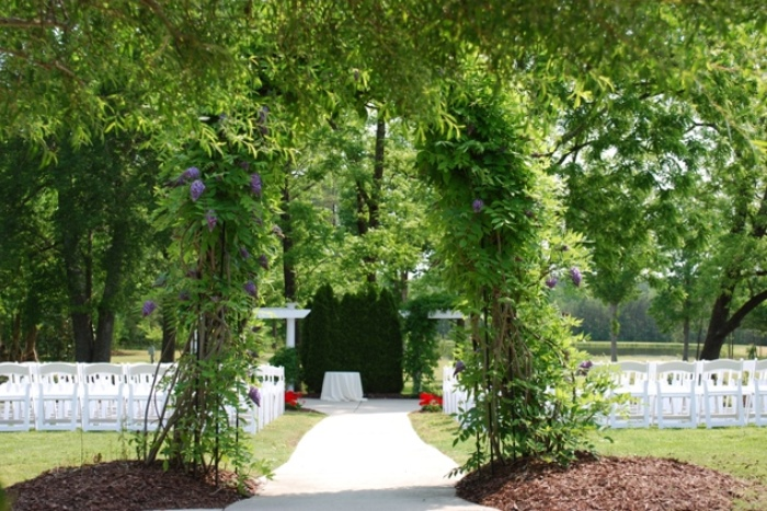 Outdoor Ceremony location at Hudson Manor - Louisburg NC
