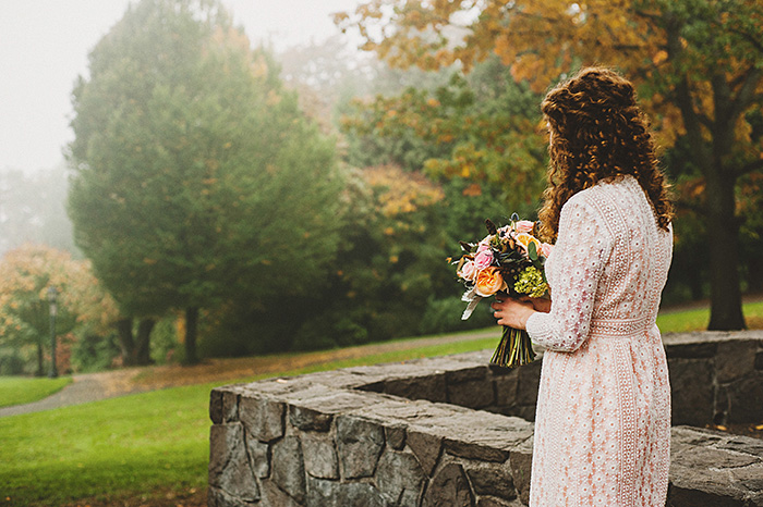 bride in Catedral park