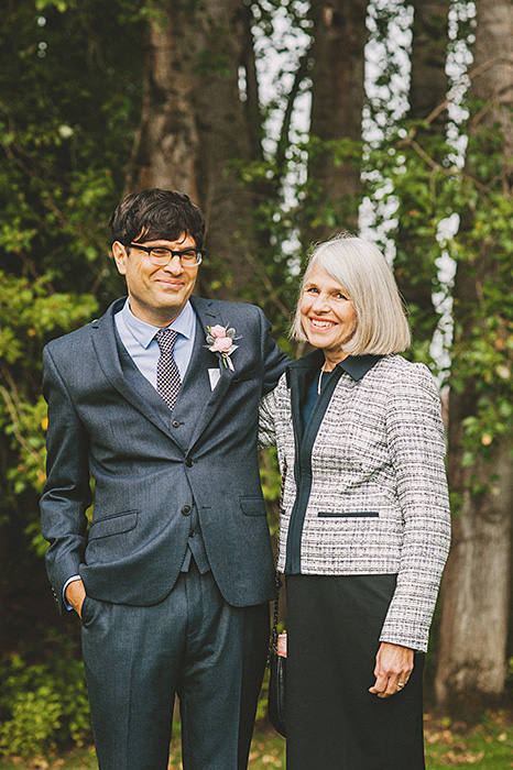 groom and mother portrait