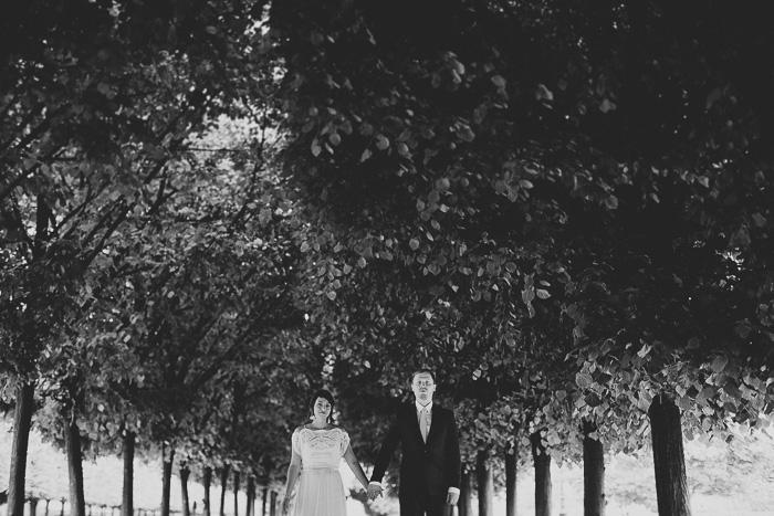 bride and groom portrait in Paris