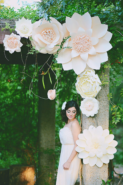 how to make big paper flowers for wedding