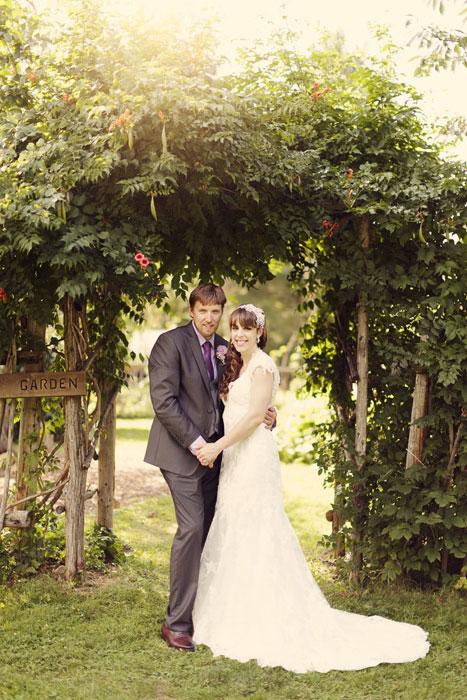 jordan-ontario-intimate-wedding-rebecca-jonathon-117