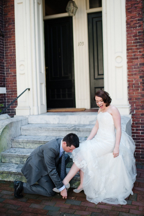 groom removing bride's garter