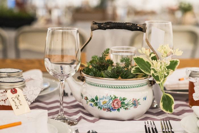 tea kettle centerpiece