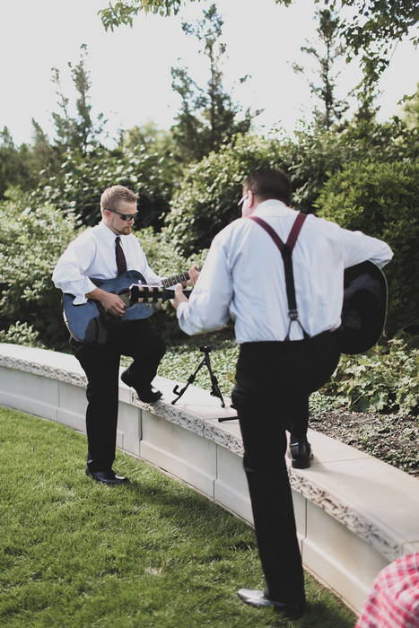 guitar players at wedding