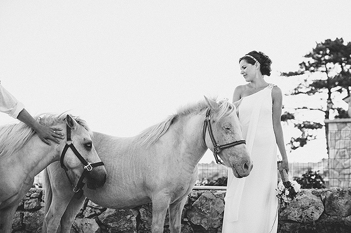 bride with croatian horse