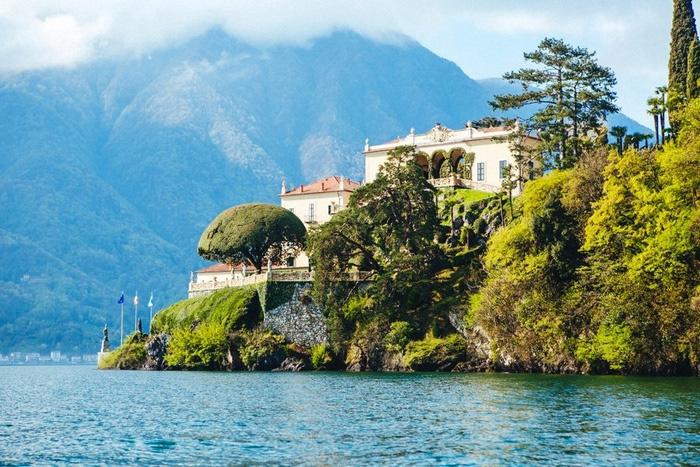 Lake Como villa wedding venue