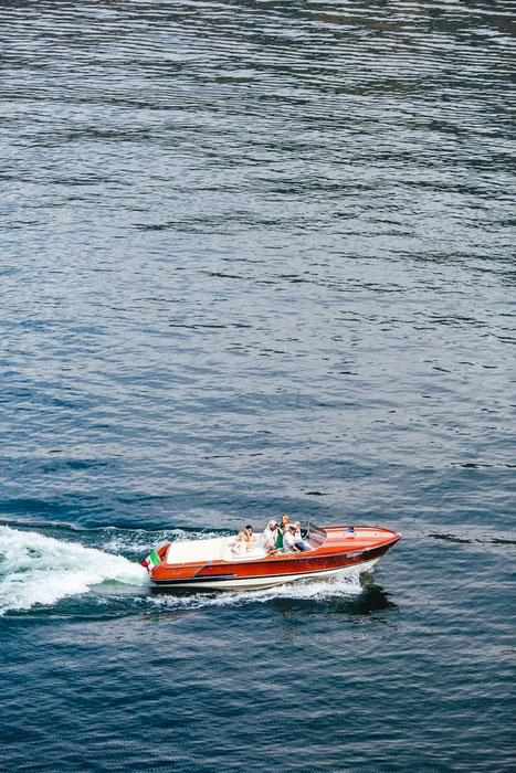 speed boat taking bride to ceremony