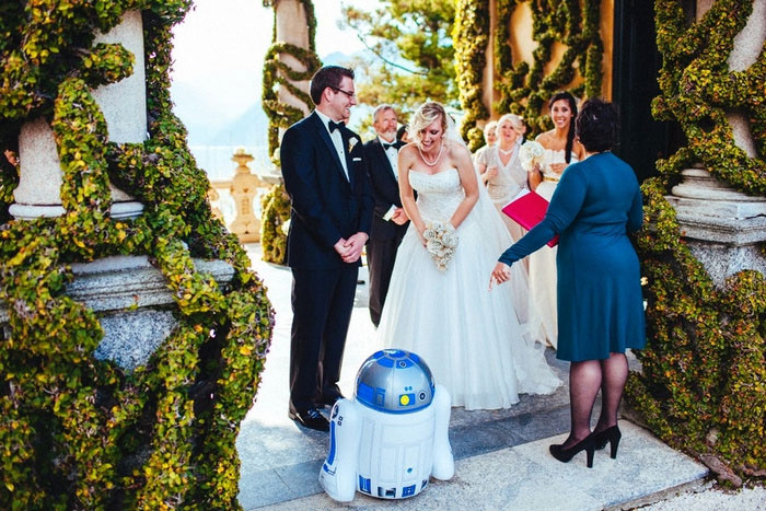 wedding ceremony with R2D2