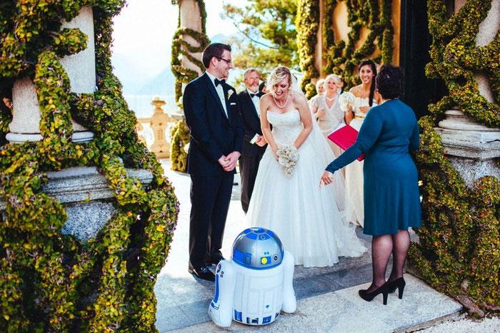 wedding ceremony with R2D2