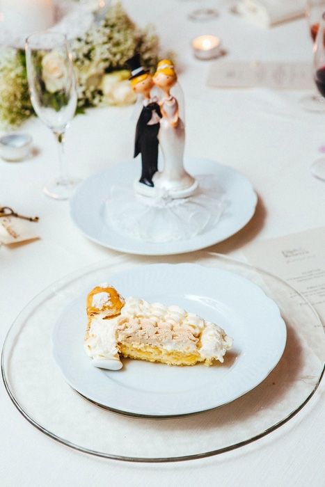 slice of Italian wedding cake