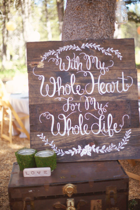 Love Quote Signs Entrancing 20 Wedding Signs We Love  Intimate Weddings  Small Wedding Blog