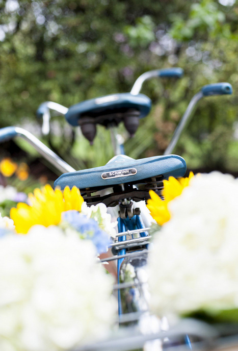 tandem bicycle with flowers