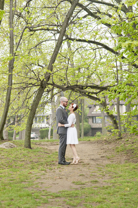 wedding portrait in the park