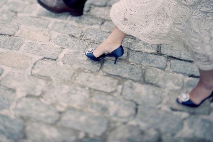 bride walking in New York