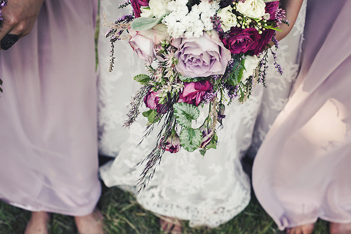 bride's lilac bouquet