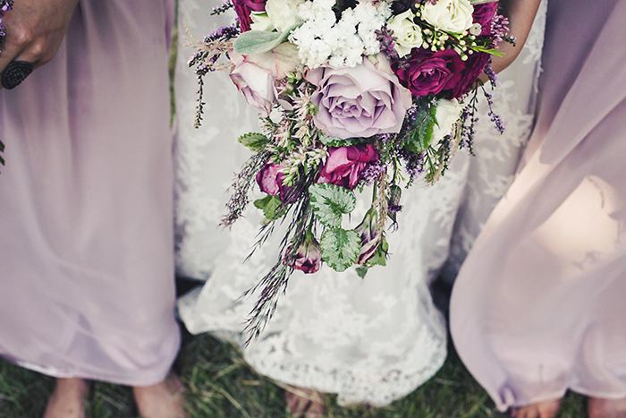 bride's lilac bouquet