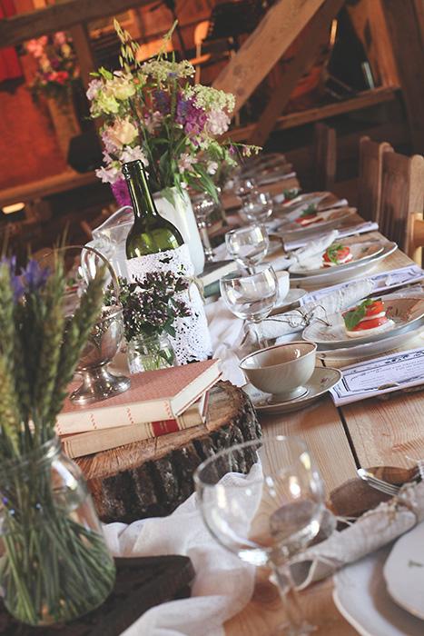 barn wedding table setting