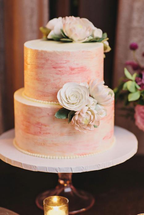 http-::ruffledblog.com:ruffled_galleries:romantic-brooklyn-winery-wedding:romantic-brooklyn-winery-wedding-100: