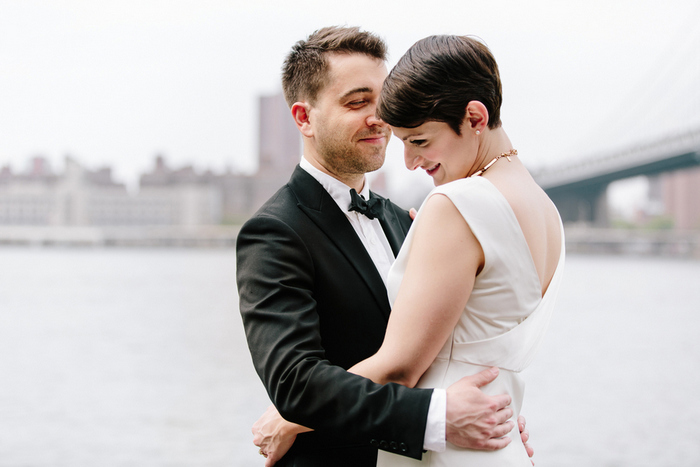 wedding portrait by Brooklyn bridge