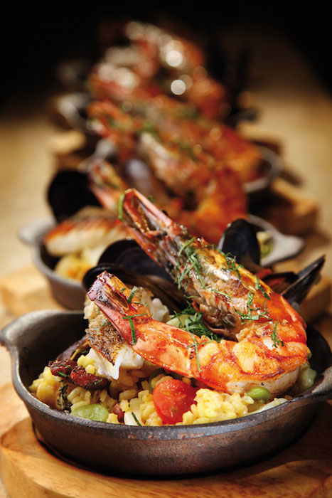 http-::www.cravemag.com:recipe:summer-special-seafood-paella: