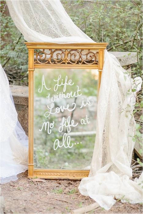 http-::www.lemagnifiqueblog.com:2013:05:ever-after-wedding-inspiration.html?utm_source=feedburner