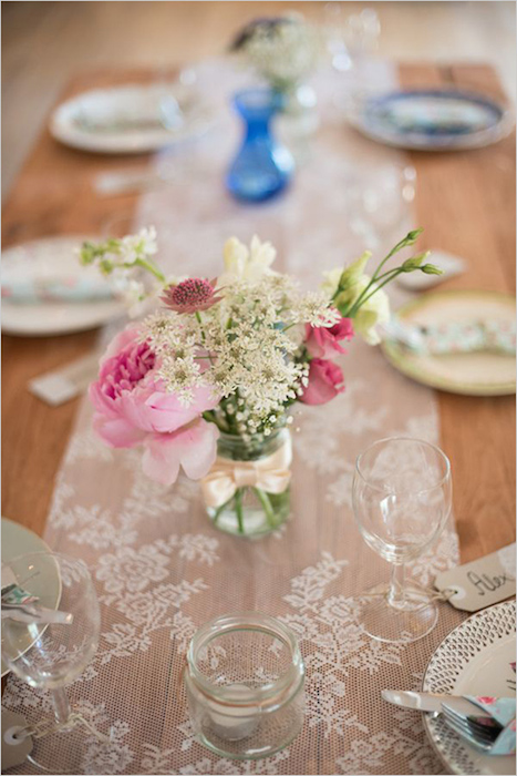 http-::www.weddingchicks.com:2014:05:15:create-a-darling-wedding-for-under-5k: