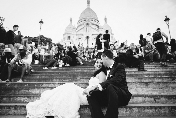 bride and groom on Paris steps