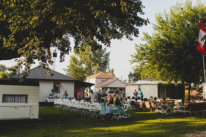 outdoor cottage wedding reception