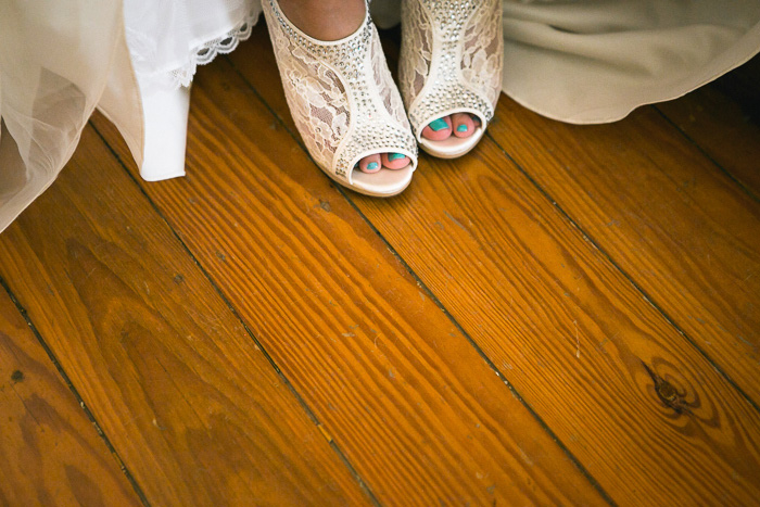 bride's lace booties