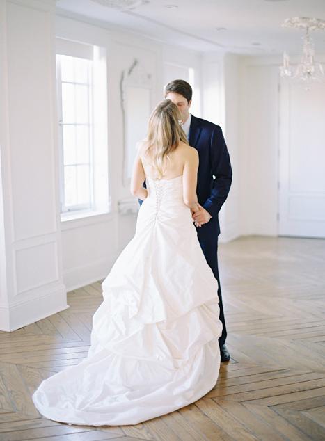 Chụp ảnh cưới cho cô dâu và chú rể