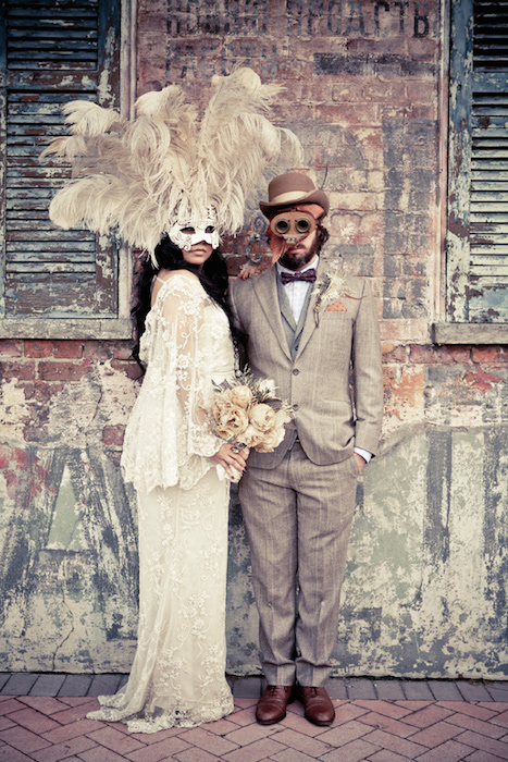 http-::ruffledblog.com:ruffled_galleries:new-orleans-masquerade-wedding:new-orleans-masquerade-wedding-selectstudios-09-2: