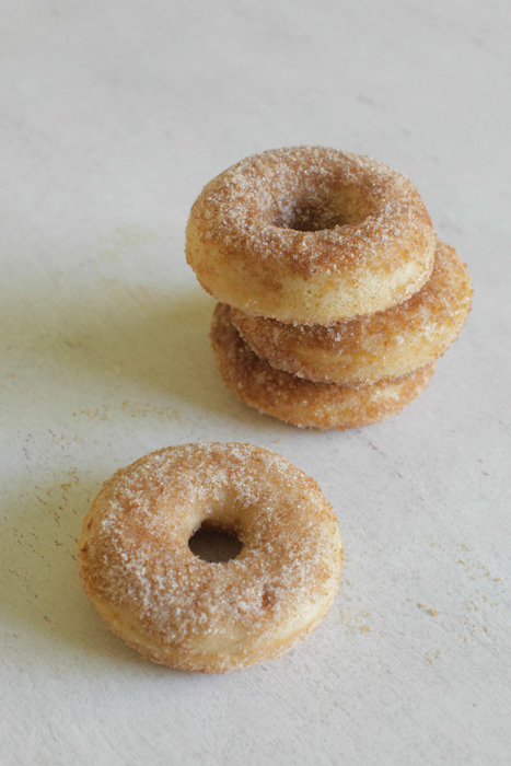 http-::www.stylemepretty.com:living:2013:10:16:apple-cider-donuts: