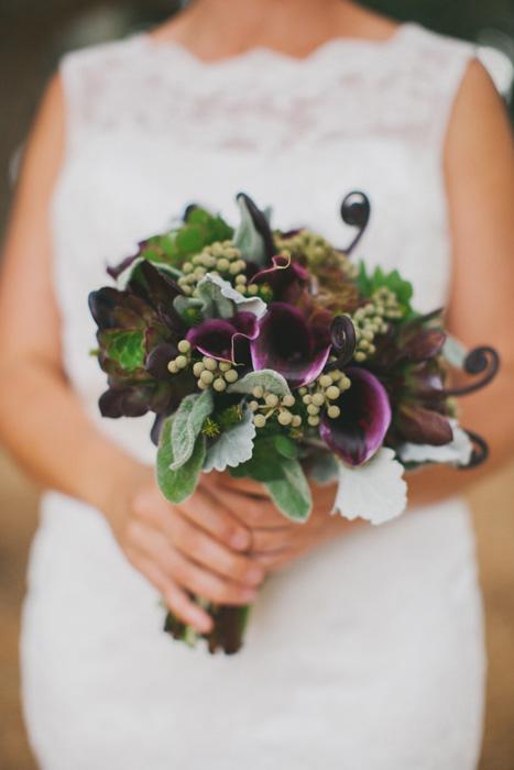 Hoa cưới lily sắc tím siêu dễ thương