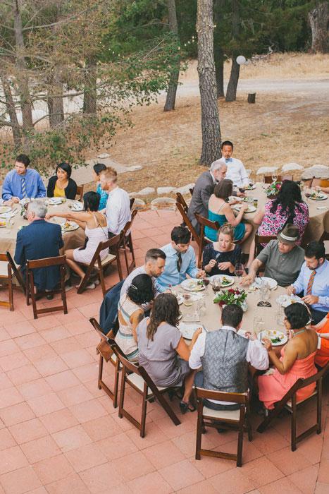 Tổ chức tiệc cưới thân mật đầm ấm