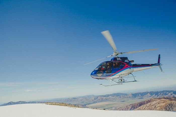 helicopter landing on snow