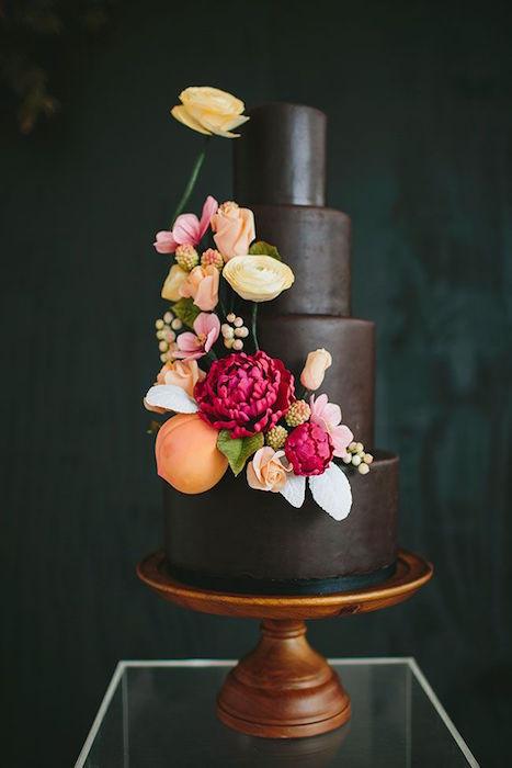 http-::greenweddingshoes.com:berry-hued-botanical-wedding-inspiration: