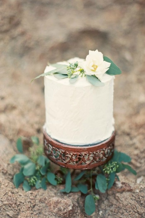 http-::www.greylikesweddings.com:inspiration-shoots-and-boards:brushfire-photography-shoot-ready: