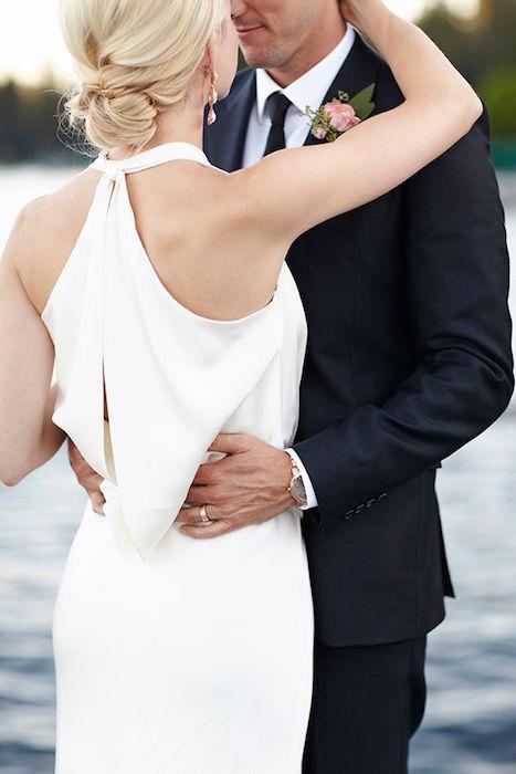 http-::www.weddingpartyapp.com:blog:2014:05:14:summery-lake-wedding-kate-price-photography: