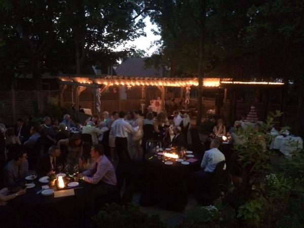 Courtyard wedding reception at the Idlewyld Inn - London Ontario