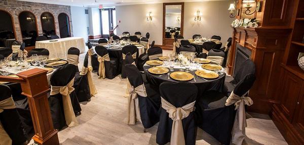 Wine cellar reception at the Idlewyld Inn - London Ontario