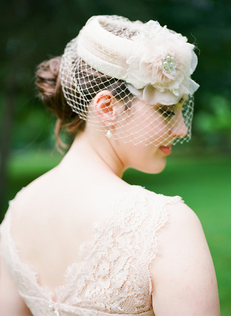 bride in hat with blusher veil