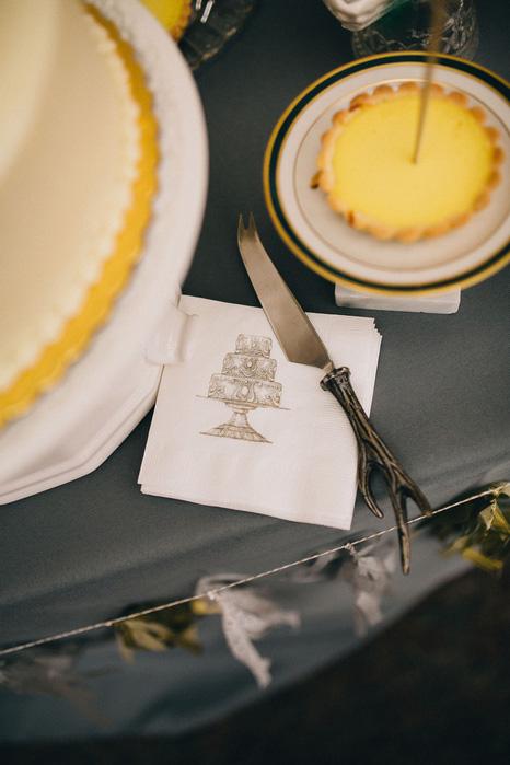 antler cake knife