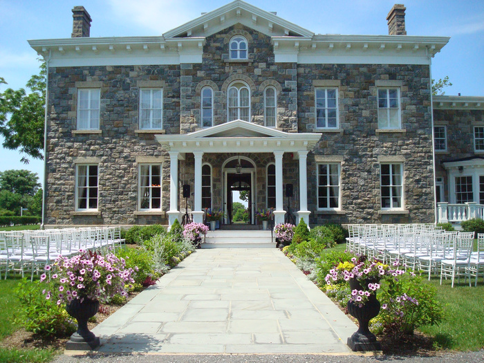 Brecknock hall intimate weddings small wedding blog for Top wedding venues in usa