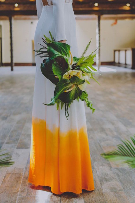 http-::greenweddingshoes.com:retro-tropical-wedding-inspiration: