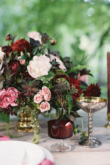 http-::magnoliarouge.com:garnet-wedding-inspiration-by-lani-elias: