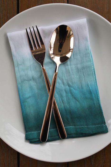 http-::www.abeautifulmess.com:2013:04:double-dip-dyed-napkin-set-1