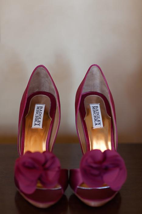 http-::www.elizabethannedesigns.com:blog:2011:09:02:lemon-pomegranate-outdoor-wedding:burgundy-wedding-shoes: