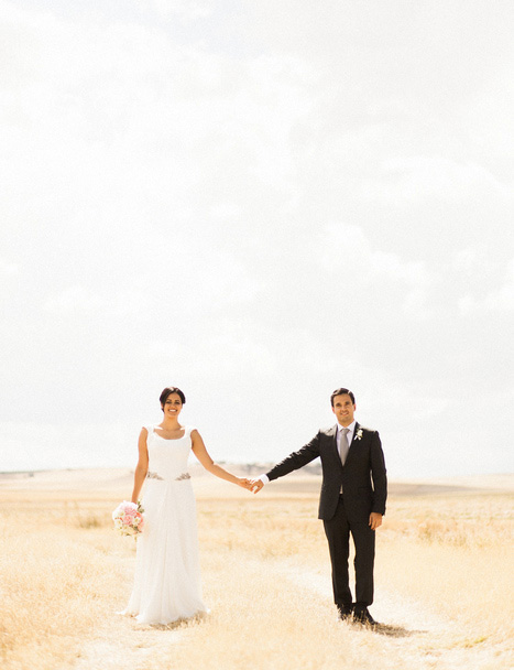 bride and groom in spanish countryside